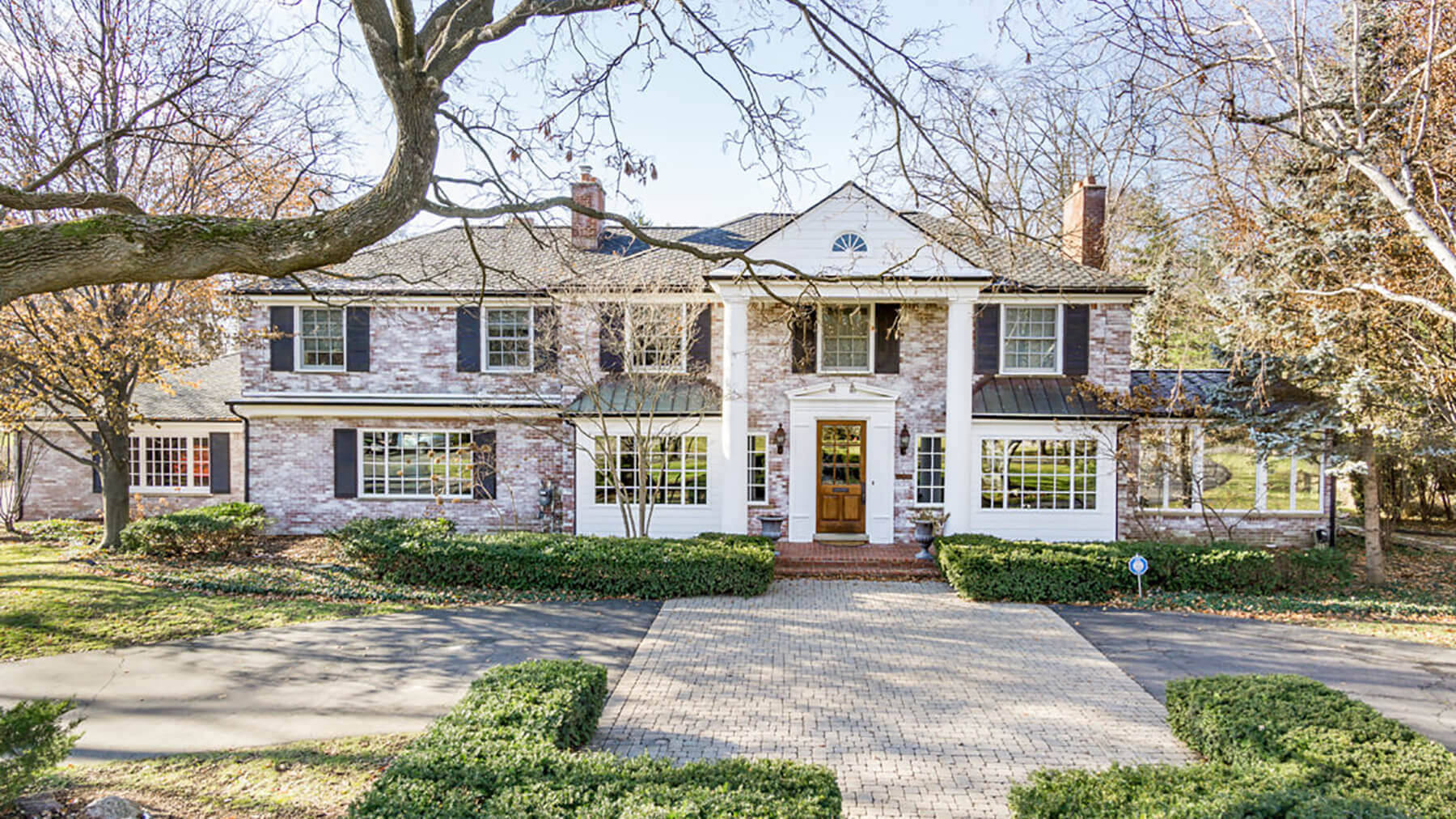 1527 N Glengarry - Bloomfield Hills, Michigan - $2,455,000 USD