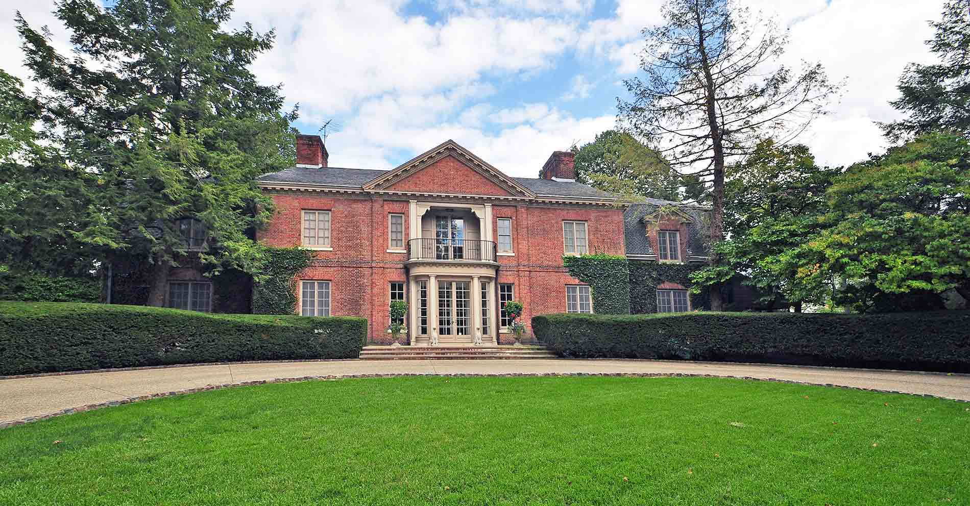 30 Preston Place - Grosse Pointe Farms, Michigan - $1,970,000 USD