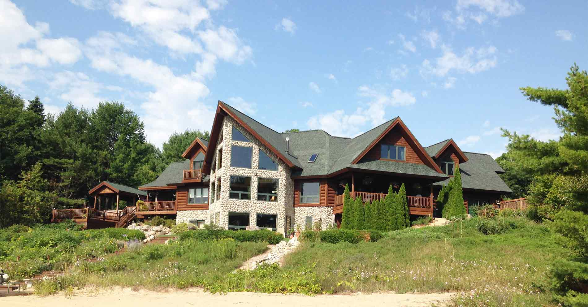 799 US 23 - Harrisville, Michigan - $1,900,000 USD